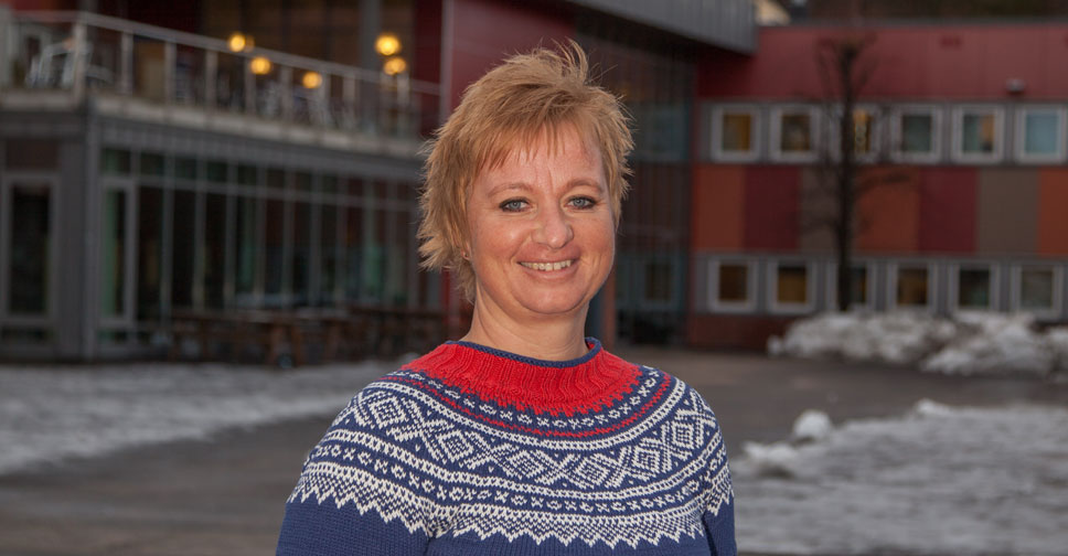 Vernepleier Helga Elise Colbjørnsen. Foto: Øystein Aamot